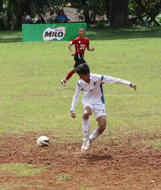 Secondary football: Visayas vs NCR