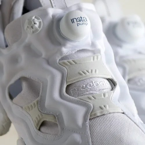 ホワイトデニムモデルのアトモス × リーボック インスタ ポンプ フューリー (atmos × REEBOK INSTA PUMP FURY WHITE DENIM)が近日発売!