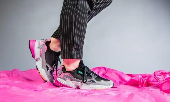 """6/2発売!90年代のデザインをモダンに進化させた adidas Originals WMNS FALCON """"Light Granite"""" (アディダス オリジナルス ウィメンズ ファルコン """"ライト グラナイト"""") [BB9173]"""