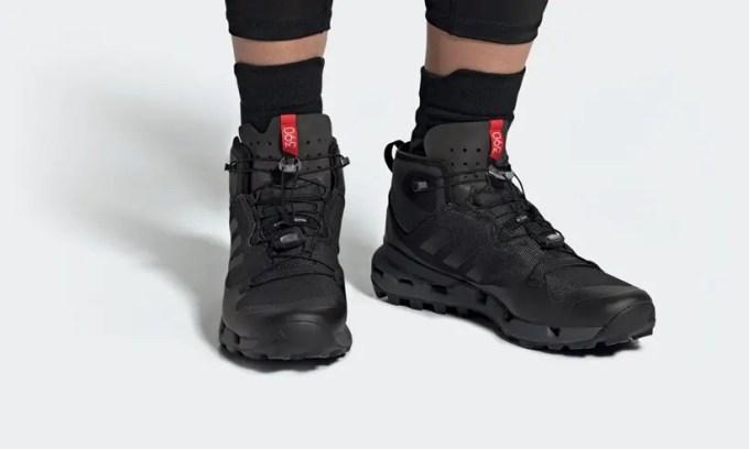 """アディダス テレックス ファスト ミッド ゴアテックス """"コアブラック"""" (adidas TERREX FAST MID GTX-SURROUND Black"""") [DB3395]"""