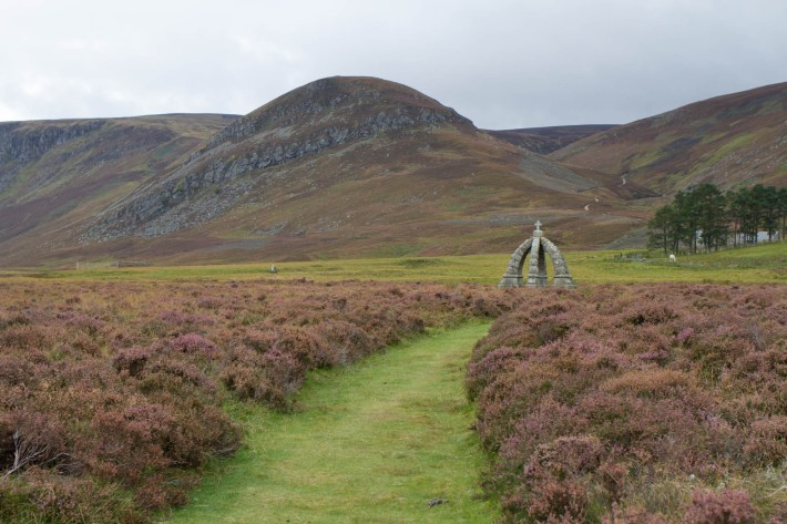 Queen's Well, Angus Glens, Angus, Visit Angus. A stone monument amongst the heather and hills in Scotland