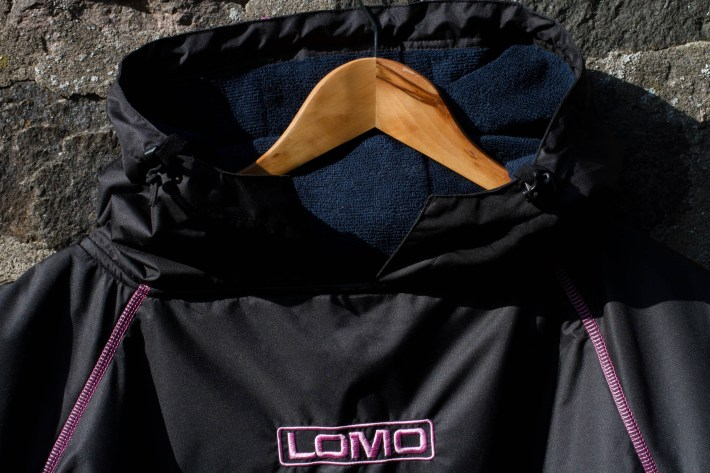 Review of Lomo Watersport changing robe