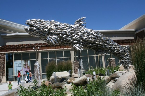Another angle on the fish fish statue.