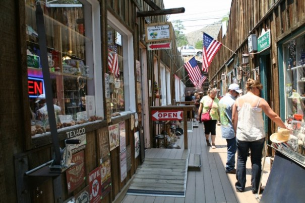 Great shopping alley in Virginia City.