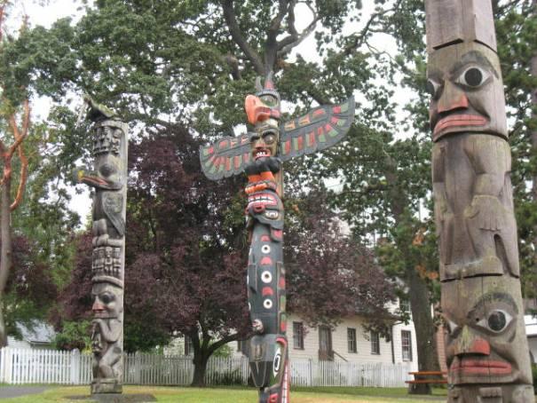 Totems in Thunderbird Park