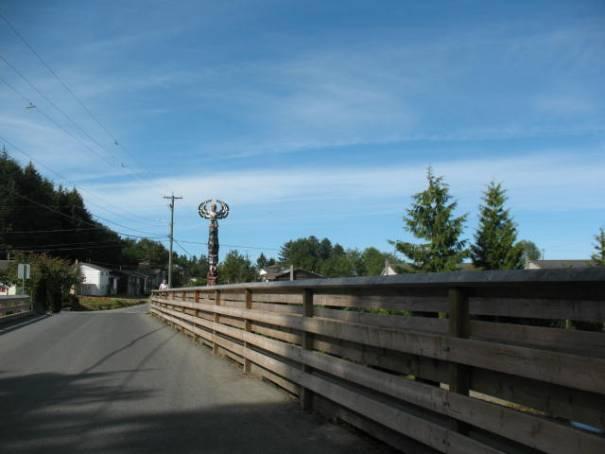Totem on right side of bridge.