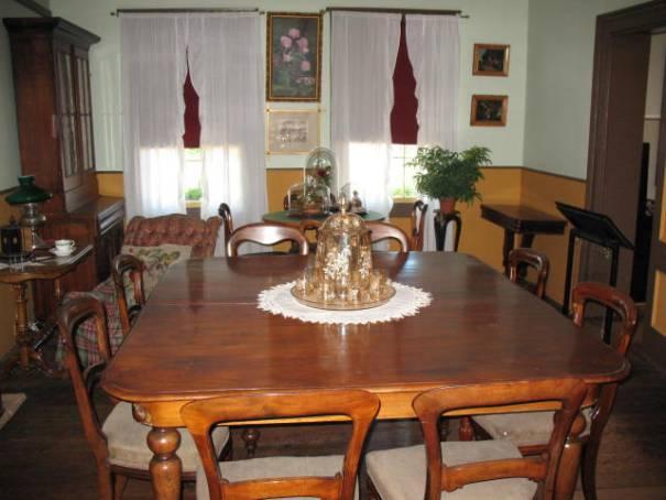 Dr Helmcken's dinning table.