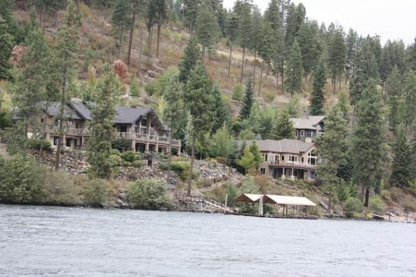Lots of lake homes.