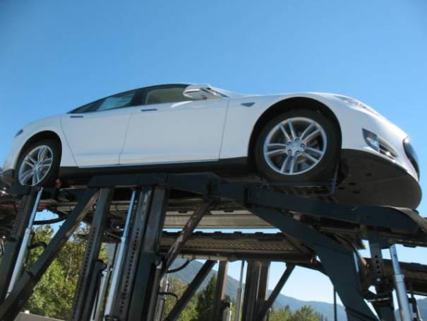 Great Tesla Sedan