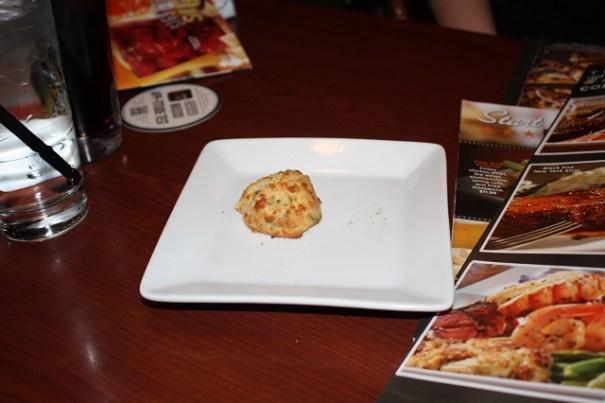 Olive Garden Garlic biscuit.