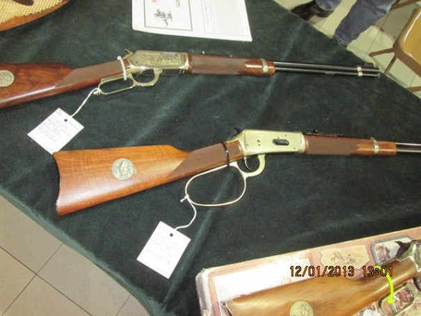 Lots of nice old rifles.