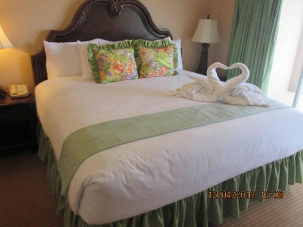 Villa master bedroom.