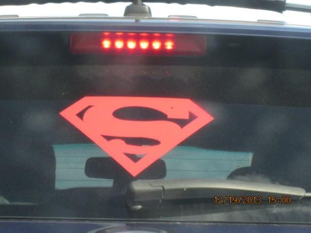 Car in front of us captured Edie's eye.
