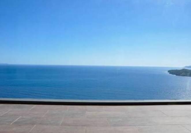 Σε ταξιδεύει: Το σπίτι στην Αρκαδία με την πιο μαγευτική θέα στην θάλασσα! (photos)