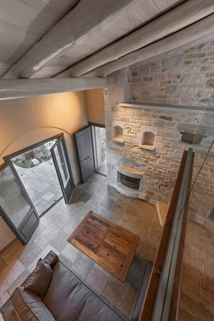 Το αρχοντικό του 1897 στο Πήλιο ανακαινίστηκε και έγινε μια σύγχρονη βίλα!!!Θαυμάστε το!(photo)