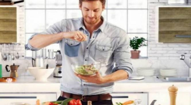 Αυτές είναι οι 4 πιο γνωστές δίαιτες που κάνουν το καλοκαίρι οι άντρες!