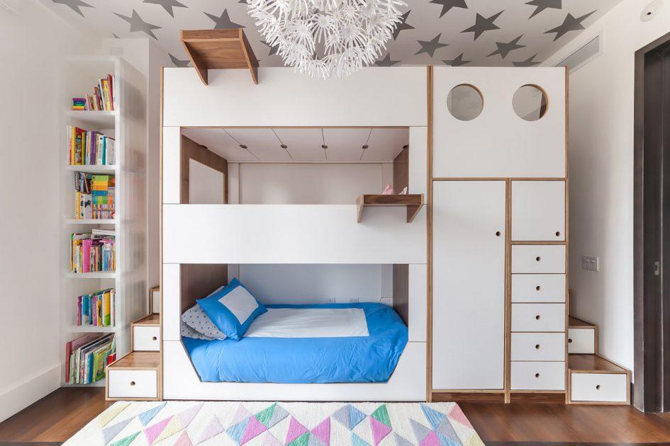 家中有三寶卻只有一間兒童房該怎麼辦? 趕快看這三層床兼豐富收納家具設計     什麼鳥玩佈置 享生活   居家 ...
