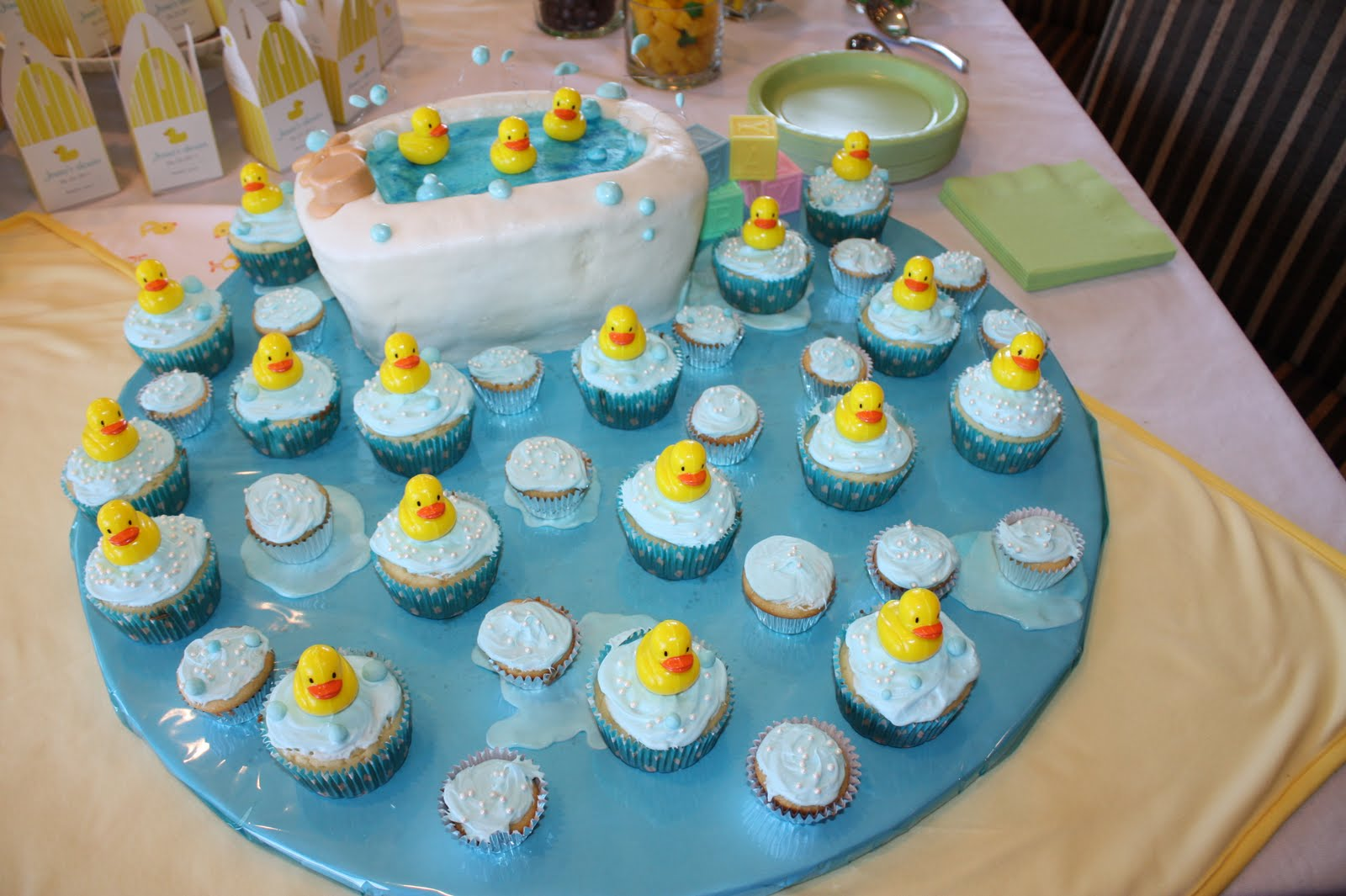 Dr Seuss Baby Shower Cupcakes