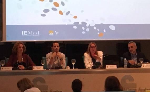 Anna C. Pons i Pellicer, responsable del Secretariado de la FACM en una de las intervenciones para la elección de la nueva junta directiva de la ReFal