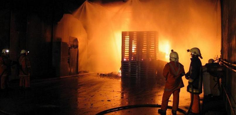 Cursos sobre fuegos en túneles
