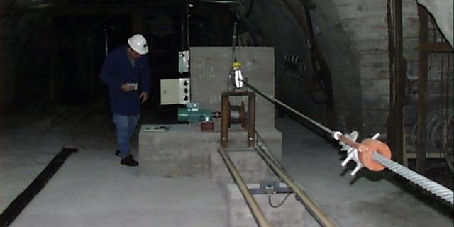 Análisis de los fenómenos de corrosión en cables de tracción, año 2001