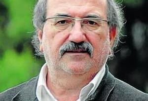 """Conferencia de Carlos Nieto Blanco sobre """"Historia y memoria de Mayo del 68: una aproximación crítica""""."""