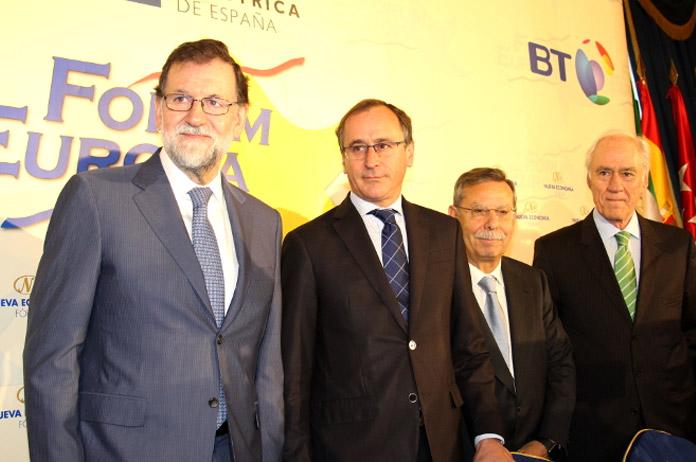 Mariano Rajoy y Alfonso Alonso en el Fórum Europa | FOTO: Nueva Economía Fórum