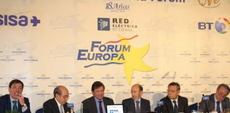 Alfredo Pérez Rubalcaba y Javier Fernández en el Fórum Europa