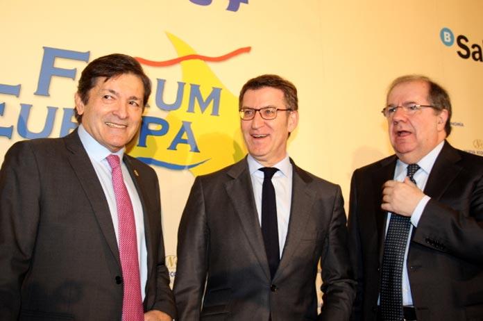 Alberto Núñez Feijóo, Javier Fernández Fernández y Juan Vicente Herrera Campo en el Fórum Europa