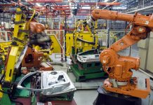 ¿Robots destruyen empleo?
