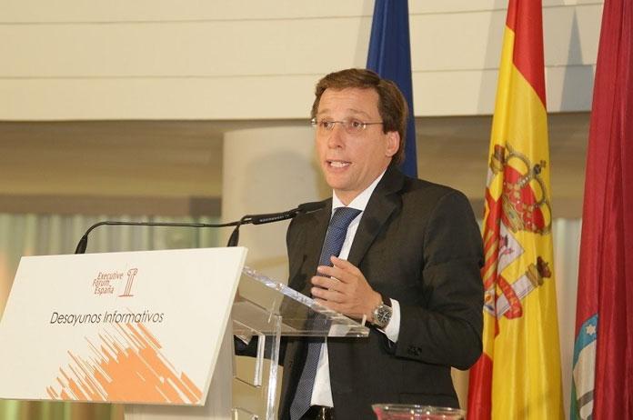 Martinez Almeida