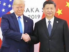 El presidente chino, Xi Jinping, durante su encuentro con el presidente de Estados Unidos, Donald Trump, en la cumbre del G-20 en Osaka, Japón.   Agencia EFE