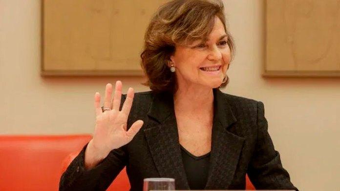 Despejar a la vicepresidenta Carmen Calvo