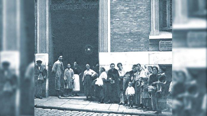 La Hermandad del Refugio en la Corredera Baja de San Pablo en 1928