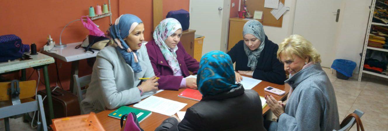 Clases de alfabetización para mujeres del barrio de Nazaret – PROYECTO MARE
