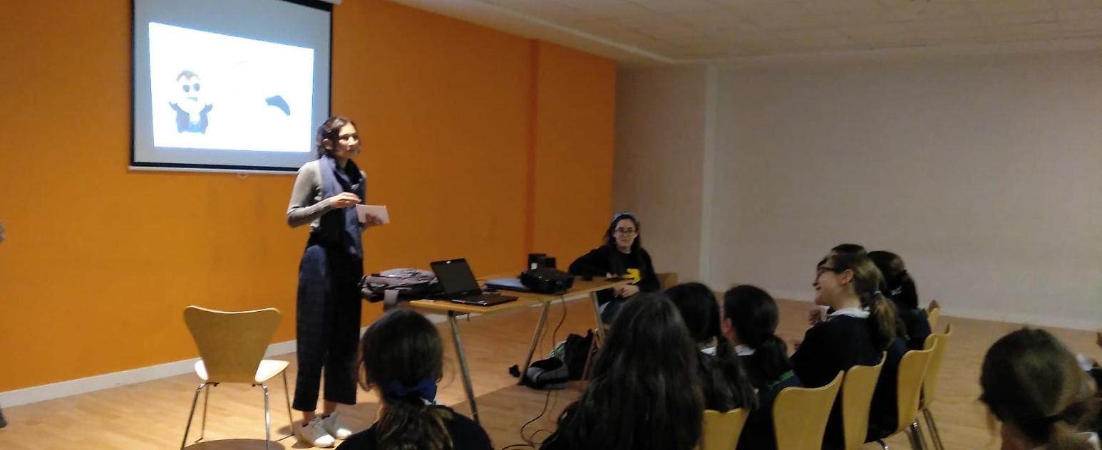 Nuestra voluntaria de Erasmus+, Jana  ha participado en el proyecto INTELLIGO