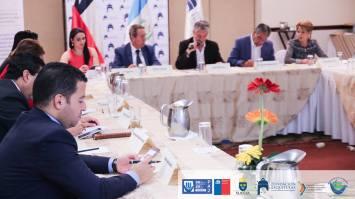 dialogo-con-embajada-de-suecia-y-chile
