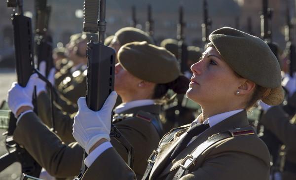 la soldado femenino apropiado  Fundu BBVA