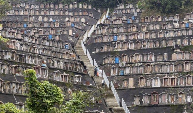 Un cimetière de Hong Kong, le 4 avril 2020. | May James / AFP