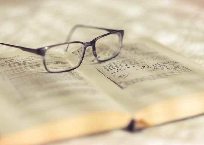 livre lunettes