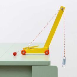 floris hover yellow crane