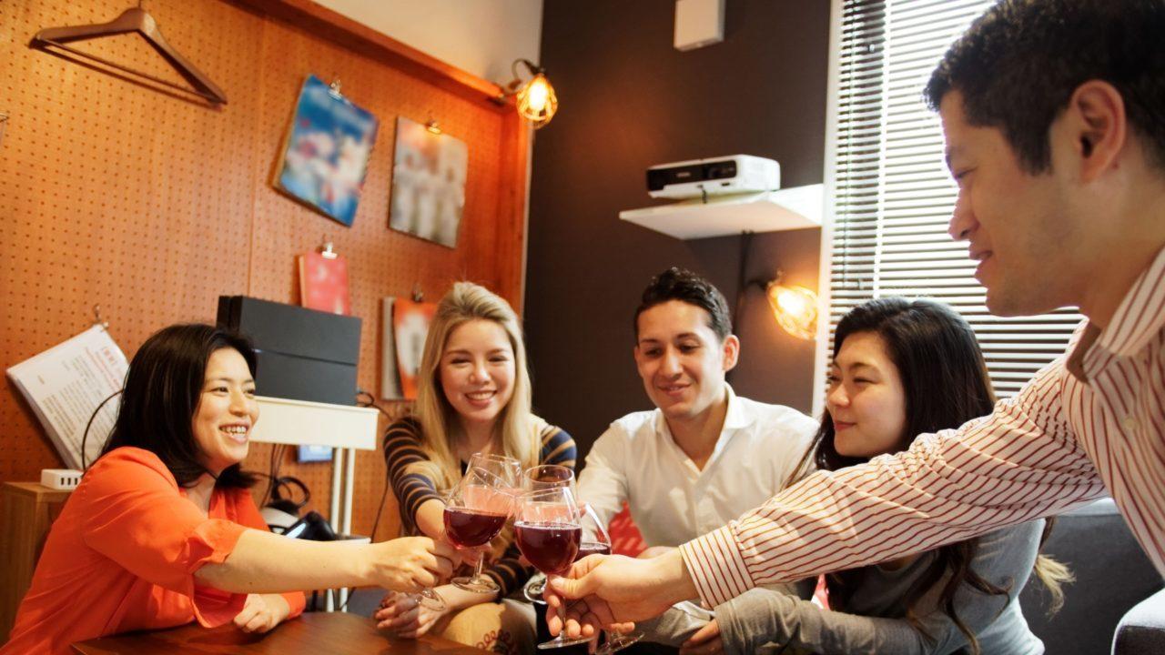 中国語で乾杯!パーティーや飲み会でそのまま使える10フレーズ!