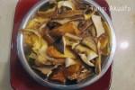 Re-hydrate mushrooms