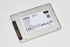 Crucial_MX300_pht11