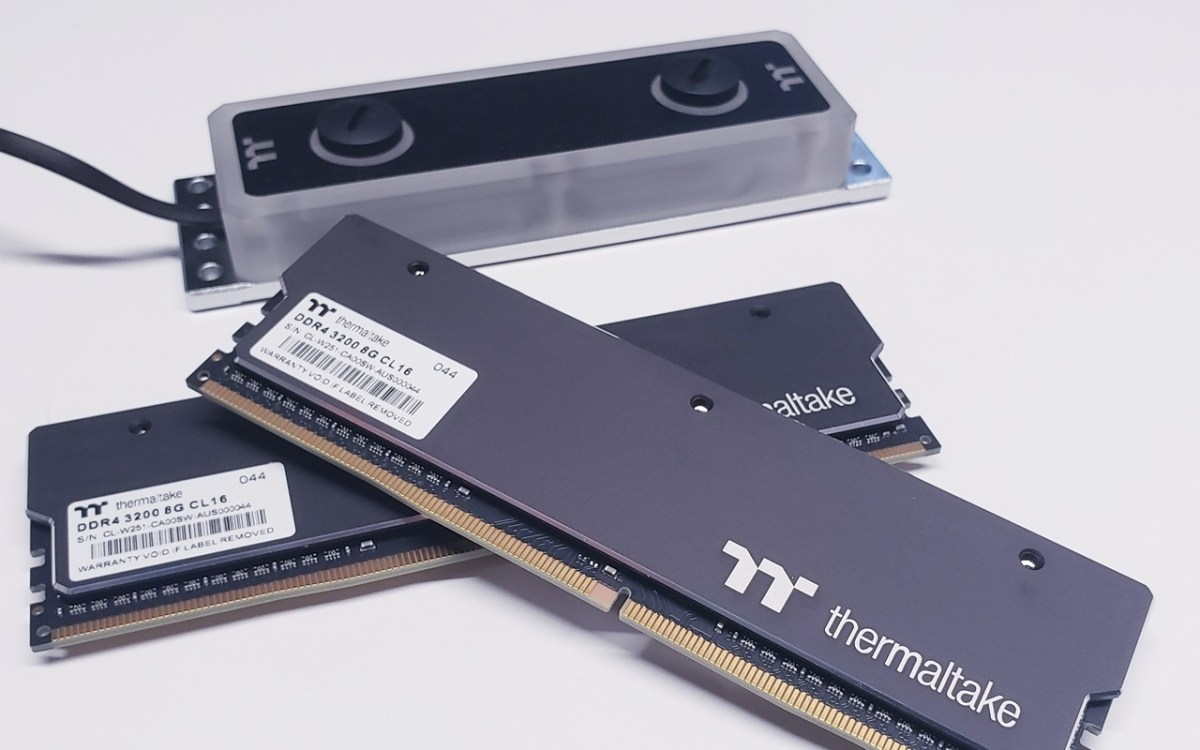 Thermaltake WaterRAM RGB Liquid Cooling Memory - DDR4-3200 16GB Kit Review