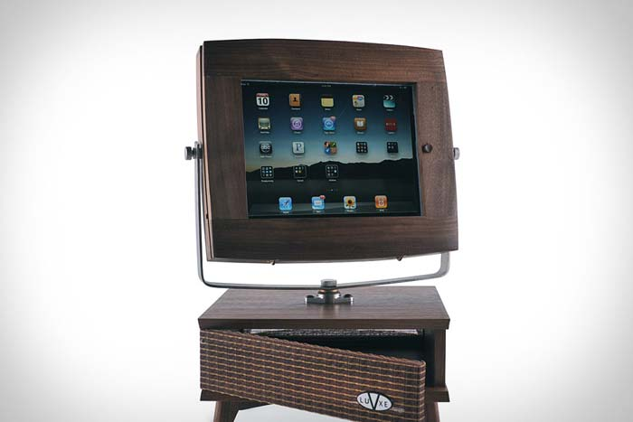 The VLuxe Stand Turns Your iPhone and iPad Into A 50s TV Set