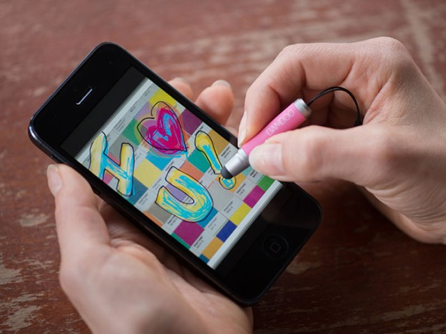wacom-bamboo-iPhone-iPad-mini-stylus-5-FSMdotCOM