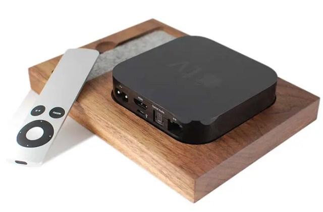 apple-tv-tray-1-FSMdotCOM