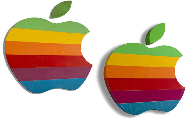 apple_rainbow_signs_auction-FSMdotCOM