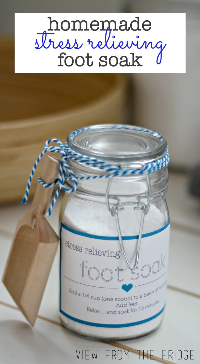 DIY homemade foot soak. Gift idea for Teacher Appreciation Week. This site has some great teacher gift ideas.